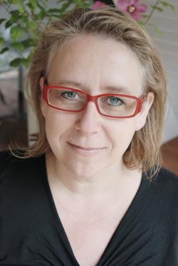 Elke Pistor: Sie glauben ja nicht, welche Leichen ich schon unter meinen Bügelbergen gefunden habe