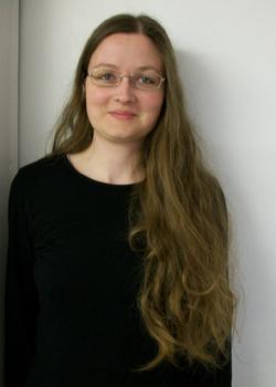 Linda Entz: Ich bin selbstständige Fliesenlegermeisterin und Autorin beim fhl-Verlag Leipzig
