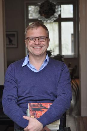 """Herbert Grieshop: Der Videoblog """"Herbert liest!"""" soll so etwas wie ein literarischer Eskortservice sein"""