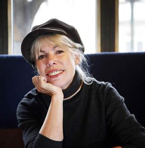 """Petra Gabriel: Schriftstellerin ist mein fünfter """"Beruf"""" - Seit 2004 lebe ich freiberuflich vom Schreiben von Romanen"""