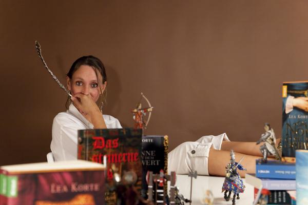Lea Korte: In meinem Online-Autorenkurs vermittele ich Jungautoren das nötige Handwerkswissen eines Autors