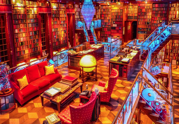 Buchorte: Walker Library of the History of Human Imagination