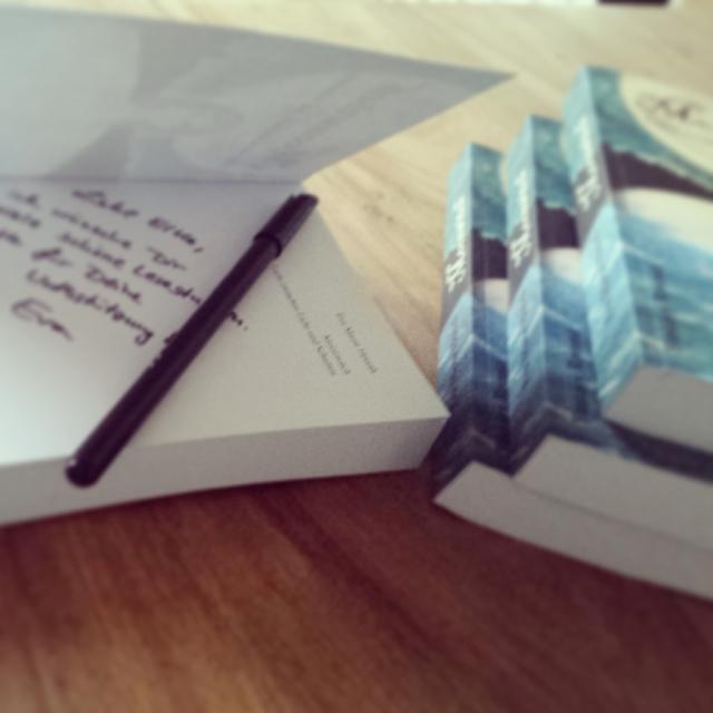 Signierte Bücher wurden verteilt