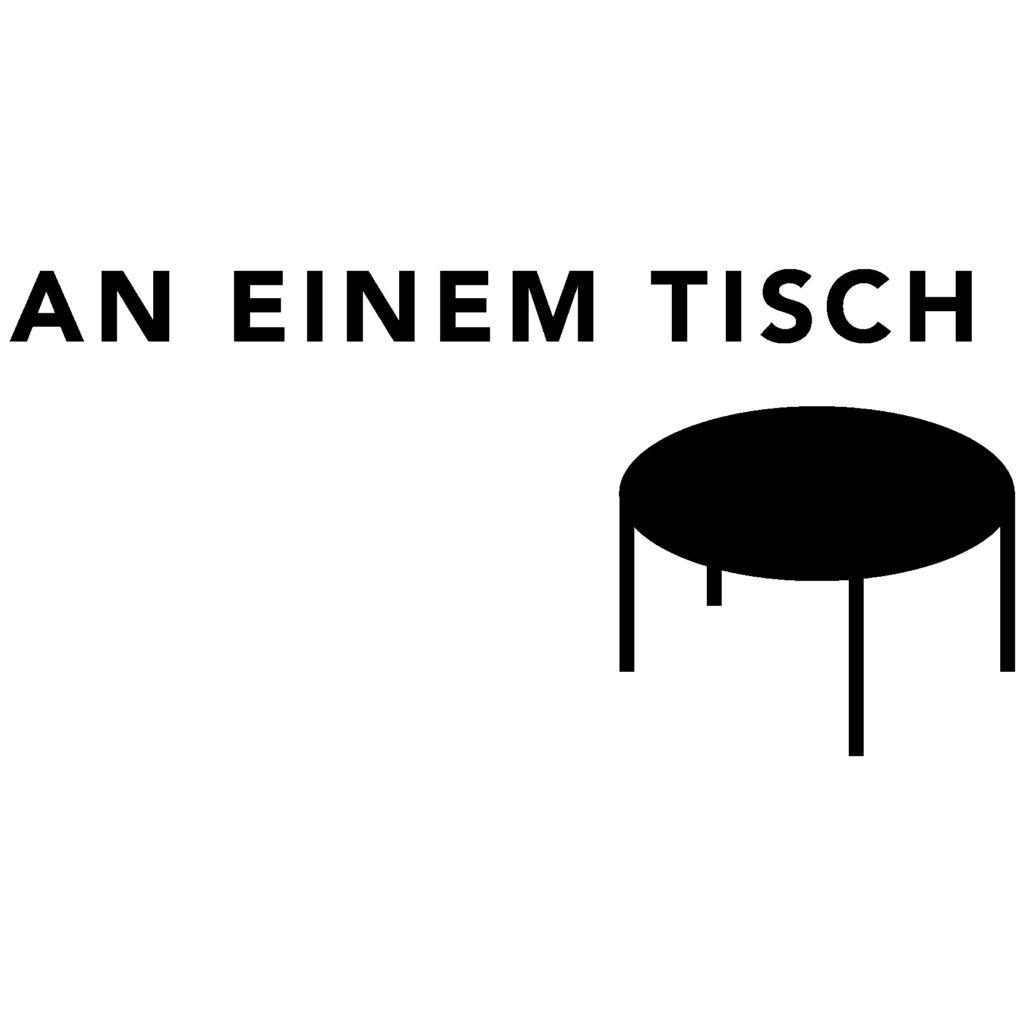 An einem Tisch