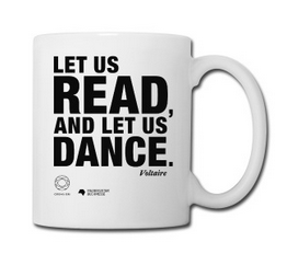 LET US READ   Kaffeebecher mit Voltaire-Zitat