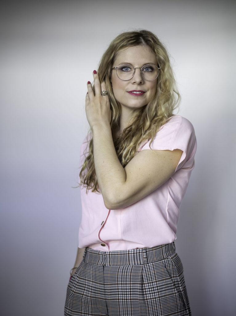 Anna Basener: Ich lebe vom Schreiben und mache als Autorin daher sehr viele unterschiedliche Sachen