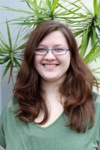 Charlousie bloggt über Literatur und eigene Geschichten – meist mit einem Augenzwinkern