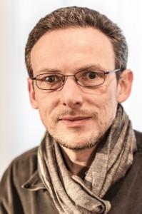 Christian Wöhrl bloggt als freier Journalist mit kulturpessimistischem Unterton bei …ACH, NICHTS