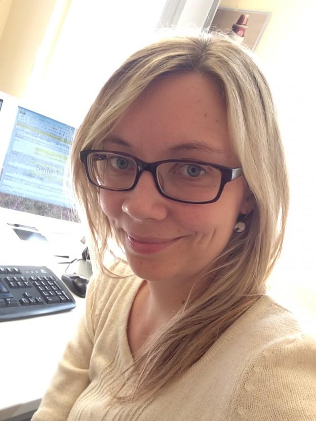 Evelyn Woggon liebt den Austausch mit anderen Bücherverrückten und Autoren