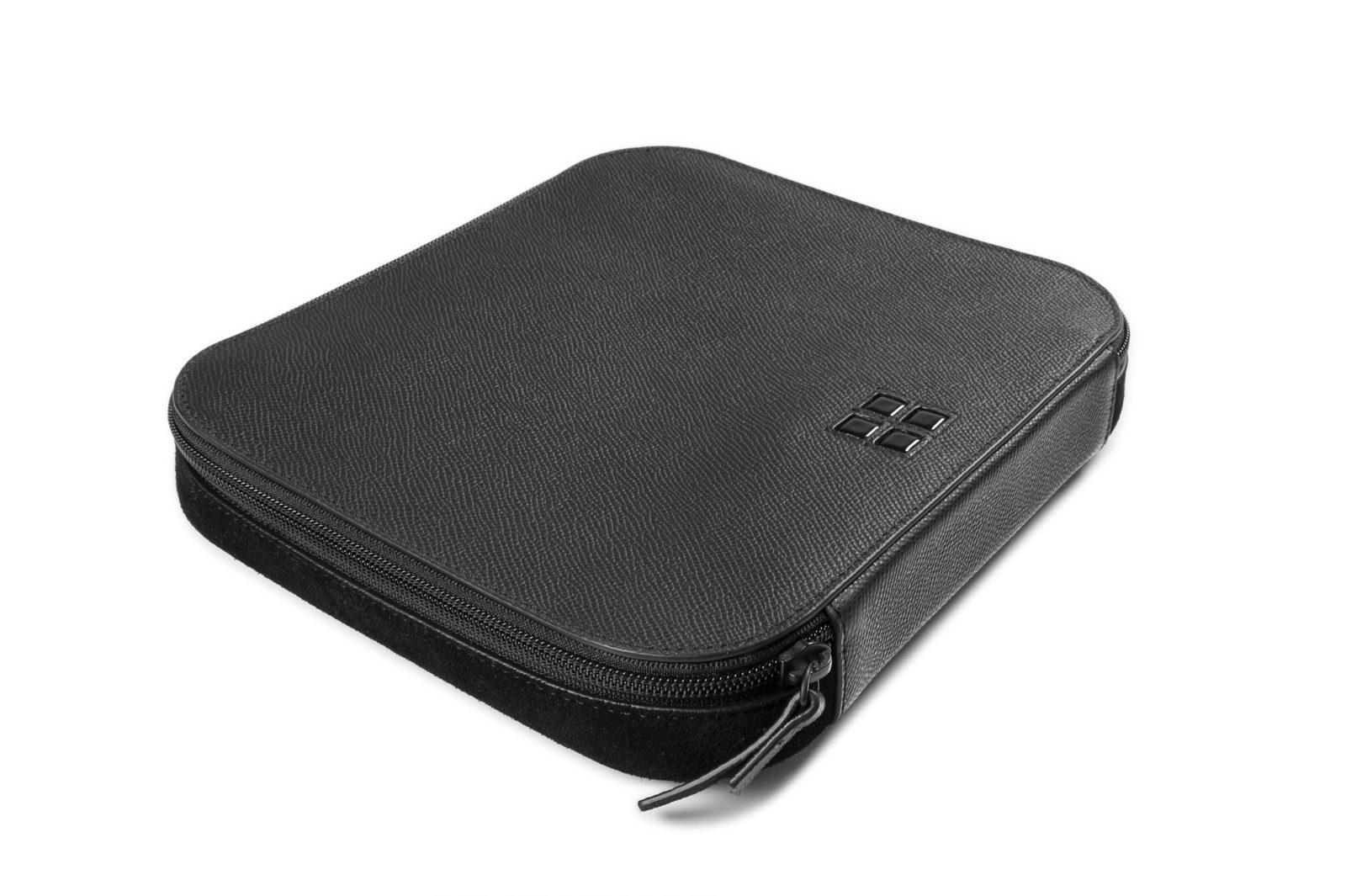 ANY DI Tech Bag designed for Microsoft Surface als perfekte Tasche für jede Art von Tech-Zubehör