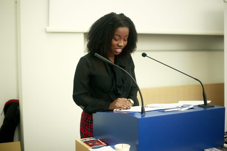 Nana Addison: Ich bin CEO der CURL Agency und Gründerin der CURL CON