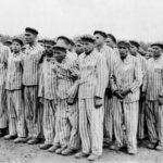 MDR-Doku: Buchenwald - Heldenmythos und Lagerwirklichkeit