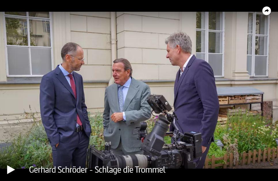 MDR-Doku: Gerhard Schröder - Schlage die Trommel
