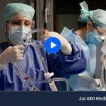 ARD-Doku: Auf der Covid-Intensivstation der Charité - Kampf um jeden Atemzug