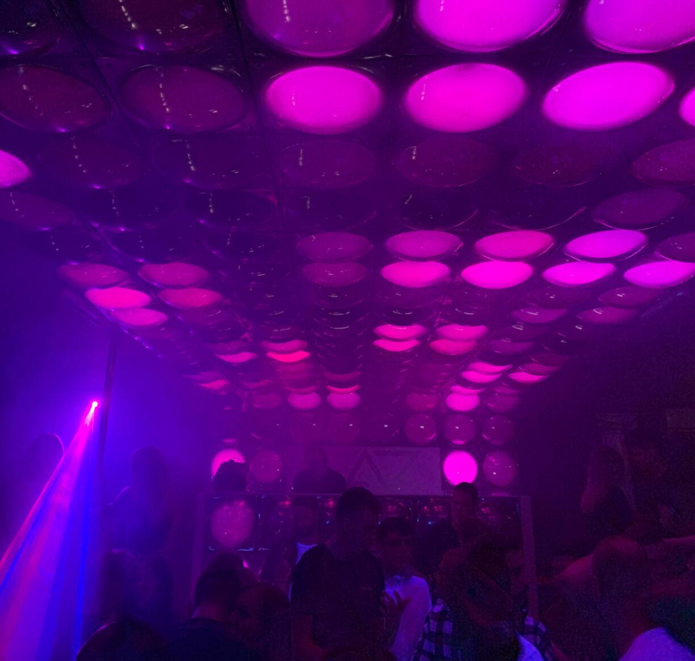 »ALIBI Party Club« in Swinemünde: feiern gehen mit nicht nur Rentnern